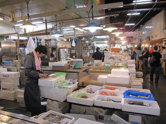 Inside Tokyo Fish Market