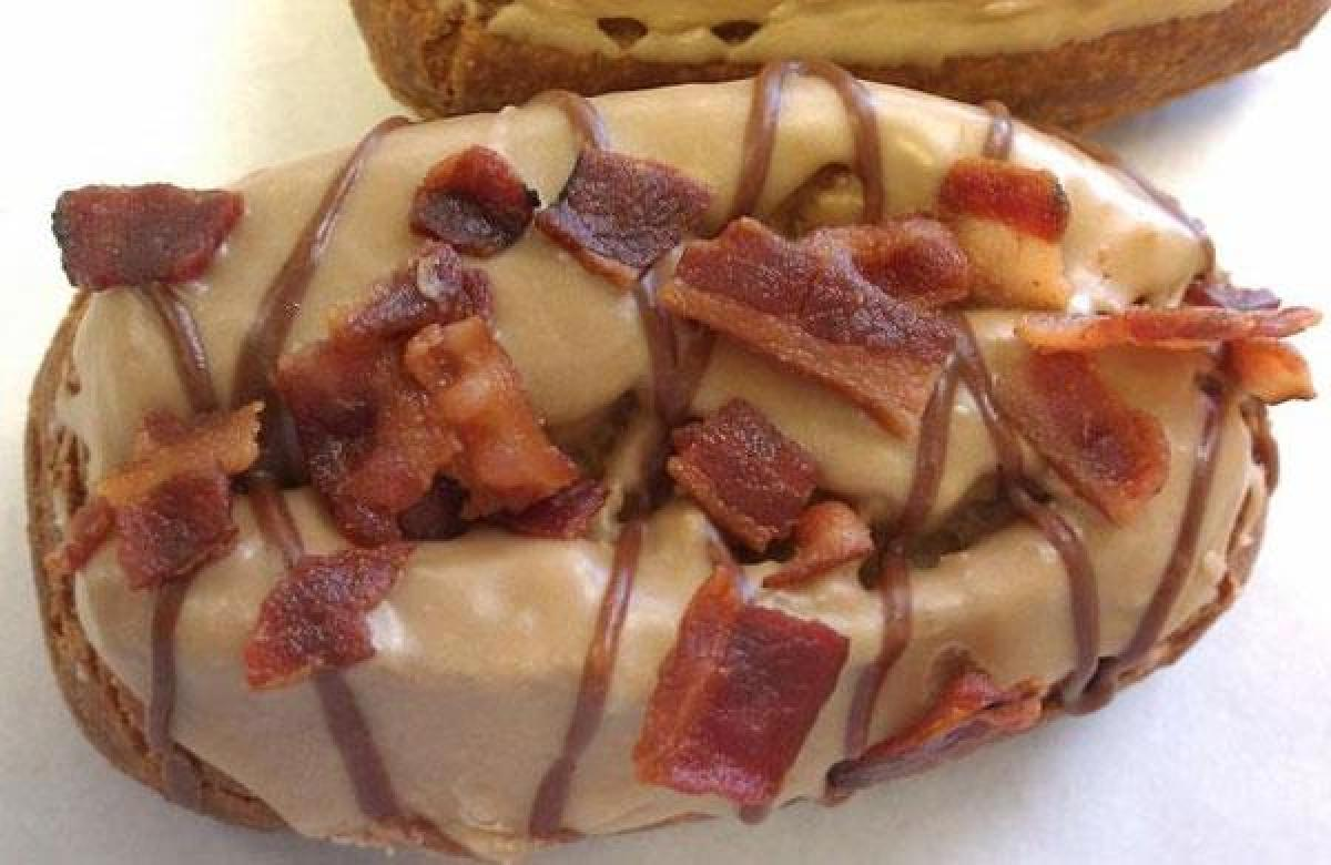 bacon doughnut burger