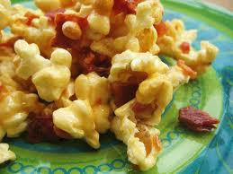 bacon caramel corn cluster