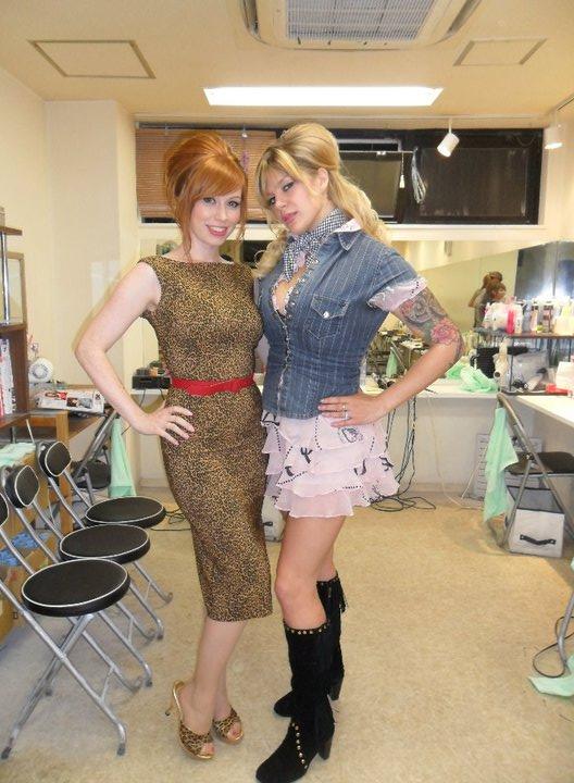 alex and rachel wideshot in makeup