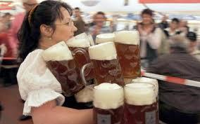 Super Bowl beer mugs