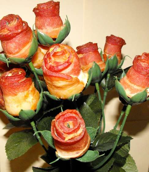 valentine's day bacon rose bouquet