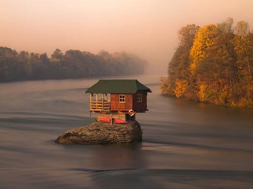 drina-river-home-serbia