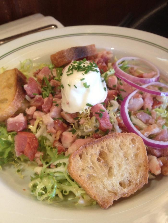 Au Pied de Cochon Paris salad