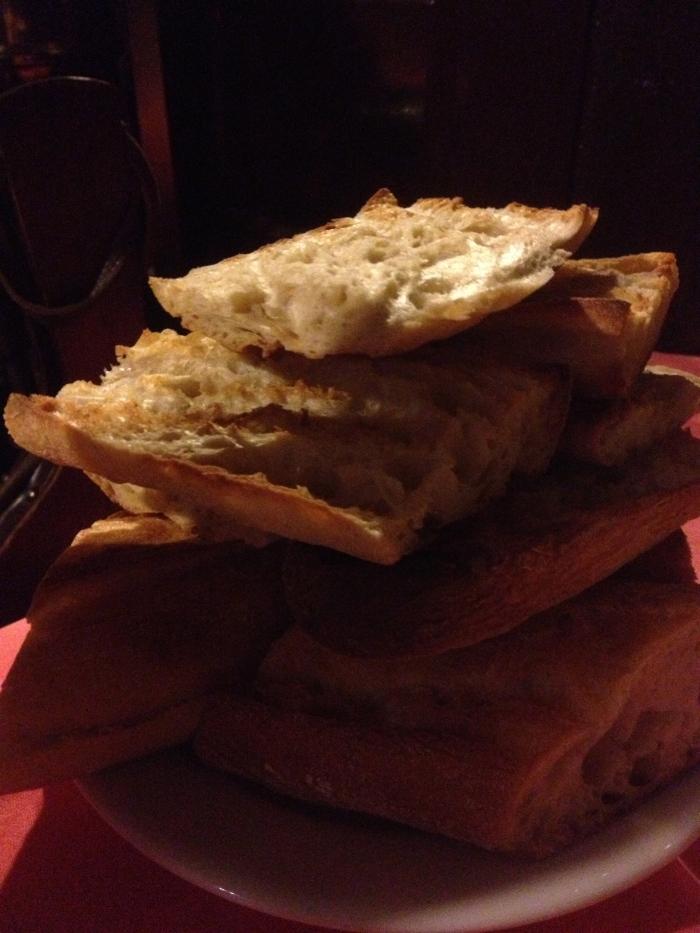 Chez L'Ami Louis grilled bread
