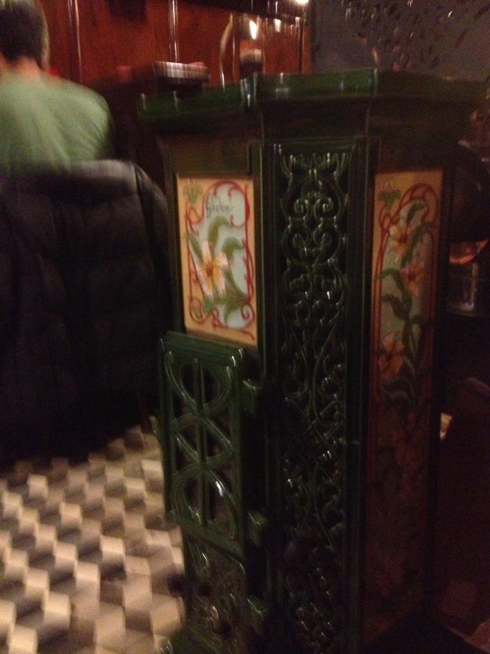 Chez L'Ami Louis interior