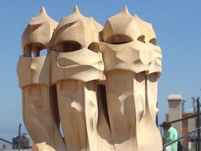 barcelona skyline helmets
