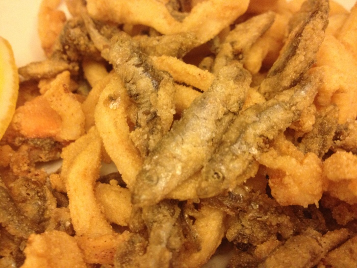 Barcelona tapas cal pep the battle for tapas supremacy for Best fried fish near me