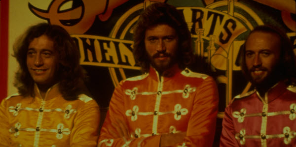 sgt_peppers_lonely_hearts_club_band_03
