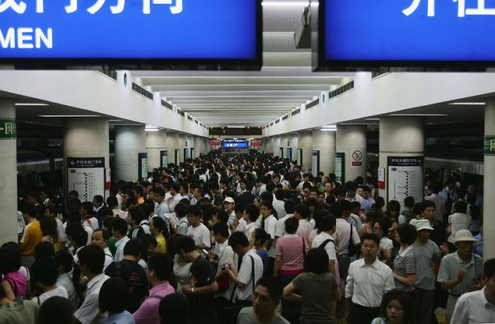 crowded china subways