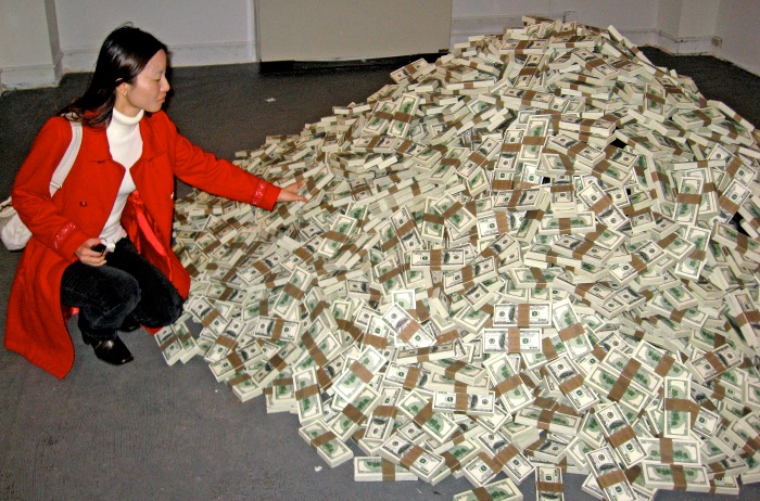 PILE-OF-CASH-MONEY-100-DOLLAR-BILLS