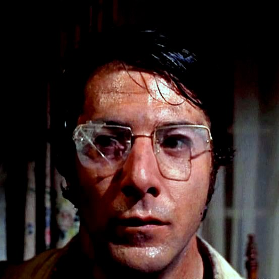 straw-dogs_-dustin-hoffman-bear-trap