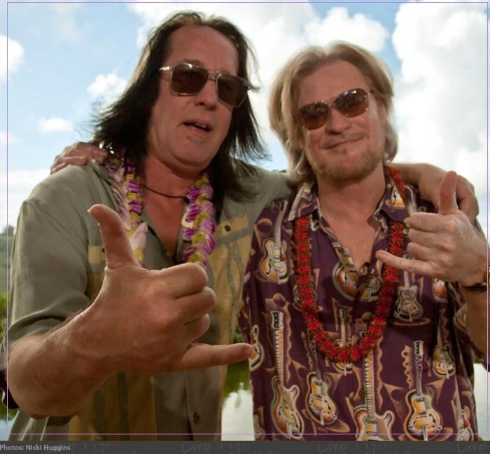 classic duos Daryl-Hall-and-Todd-Rundgren