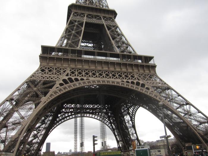 Paris Jules Verne restaurant