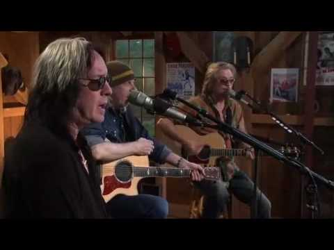 Todd Rundgren and Daryl Hall musical performance