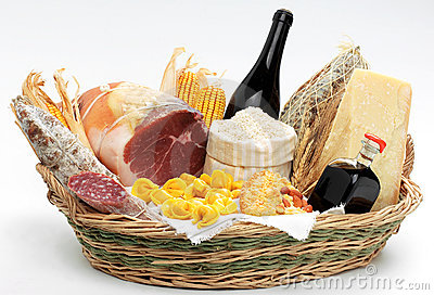 basket-italian-food-8209438