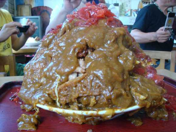 world's largest plate of food