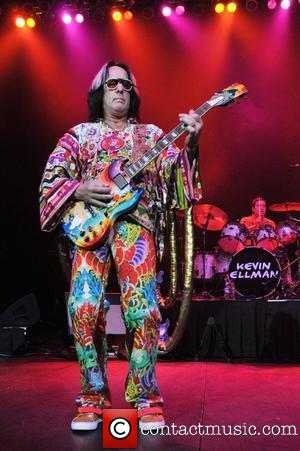 todd-rundgren-performs-at-the-seminole-hard_3590352