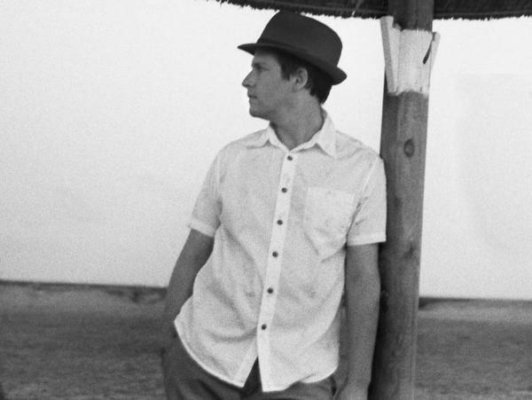 Singer Josh Rouse music