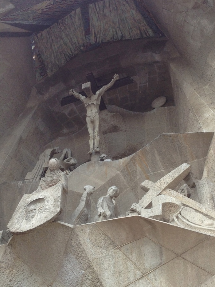 Sagrada Famiglia sculpting artwork