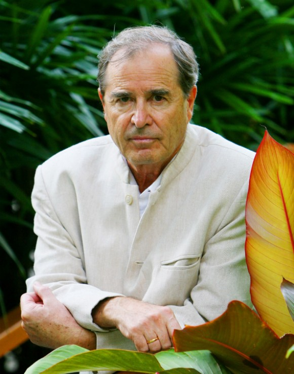 travel writer paul-theroux-author-photo-580