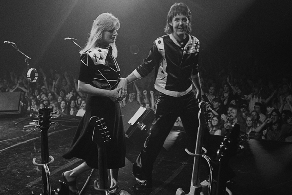Paul and Linda McCartney LIVE