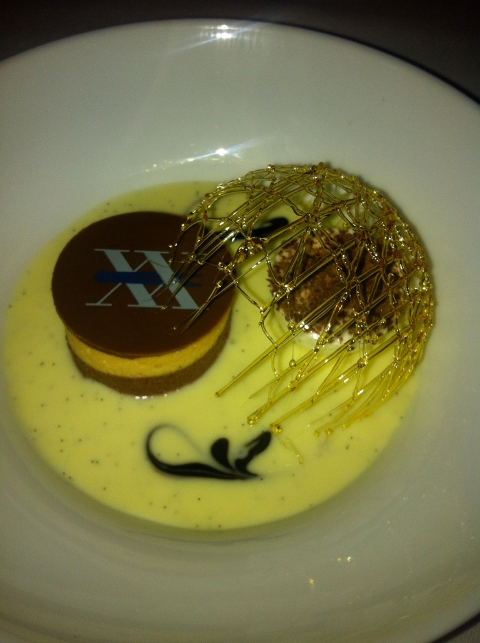 20th anniversary dessert