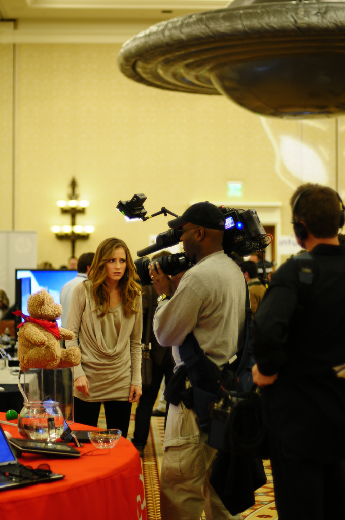 Candace_Bailey_in_AOTS_taping