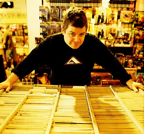 patton-oswalt-at-a-comic-book-store