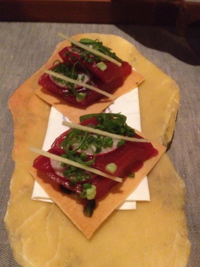 Comerc24 tuna shishimi pizza