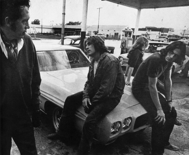 two lane blacktop warren oates
