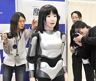 japan robot technology fashion-robot