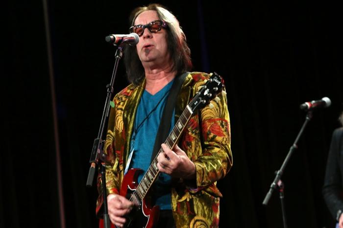 Todd Rundgren on tour