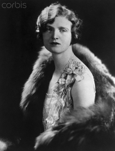"02 Jun 1928 --- Original caption: Nan Britton, publisher of the book ""The President's Daughter,"" is shown in a waist-up portrait, with a fur stole off the shoulder. --- Image by © Bettmann/CORBIS"