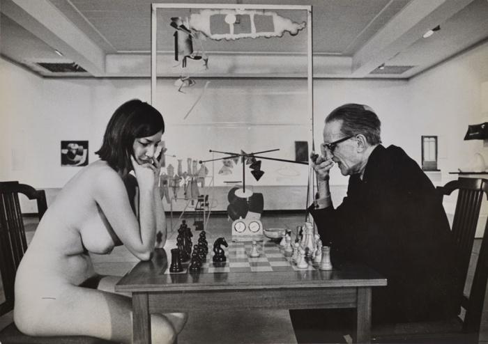 iconic nude chess pic eve babitz