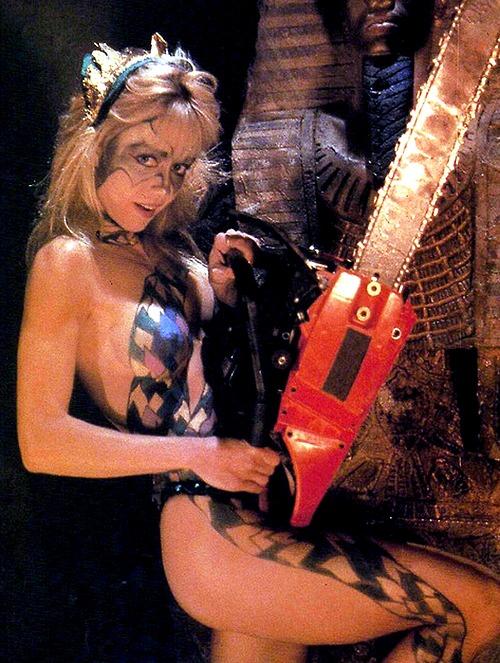 Linnea Quigley naked halloween movies