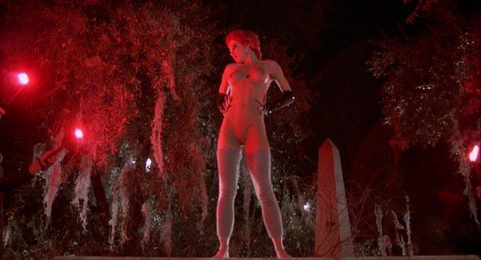 naked linnea quigley dance