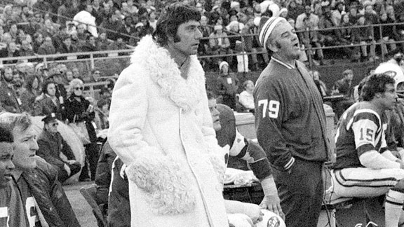 joe-namath-mink coat