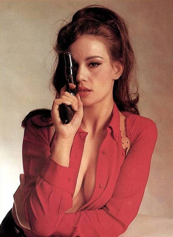 sex kitten claudine auger