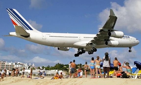 maho-st-maarten-airport-beach-3