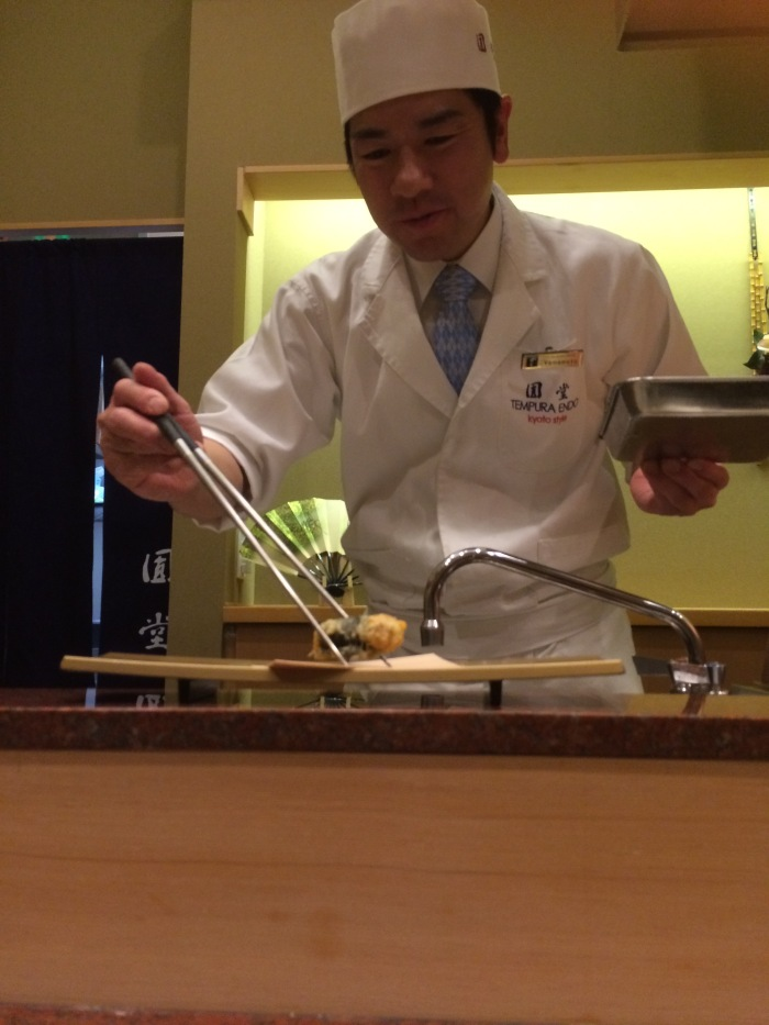 Tempura Endo Chef service