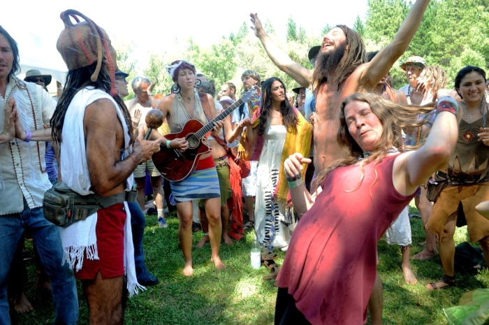 the-naked-ecstatic-world-of-americas-neo-hippies