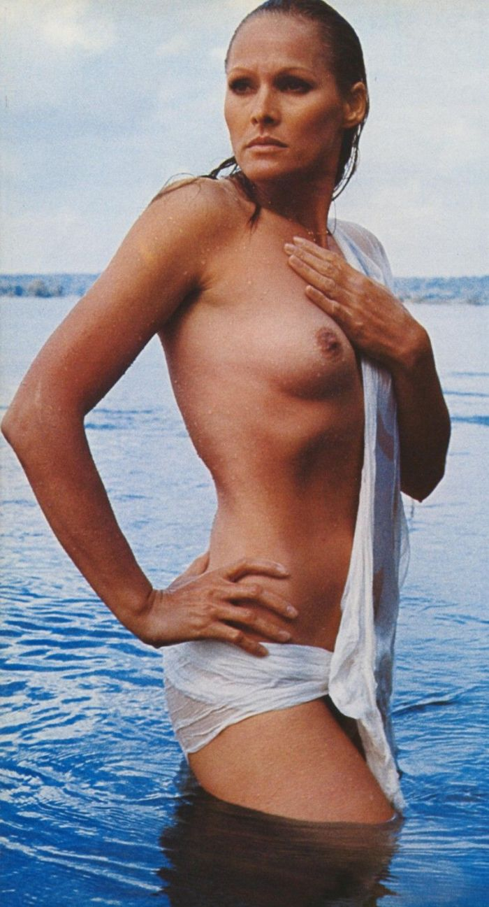 Andress_Ursula nude 007 girl