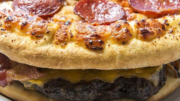 ct-weird-baseball-food-atlanta burgerizza