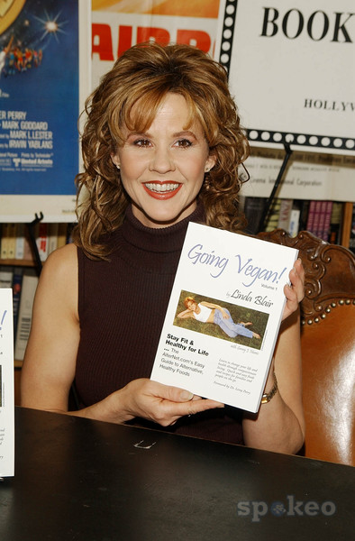 Linda-Blair Going Vegasn book