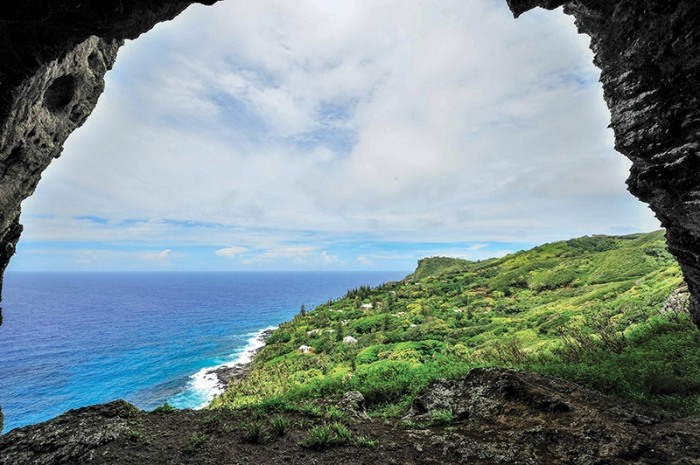 live on pitcairn island