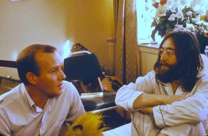 tommy smothers john lennon anecdote