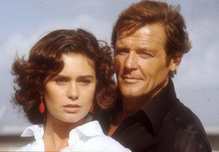 Corinne-Cléry Bond Girl 007