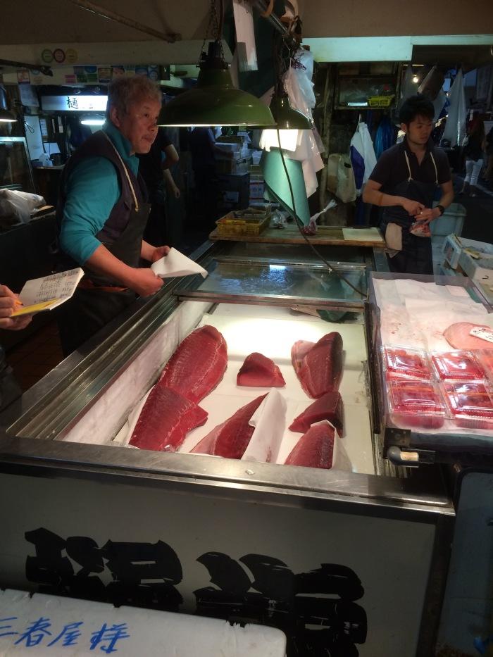 Giant Tuna for sale Tokyo fish market