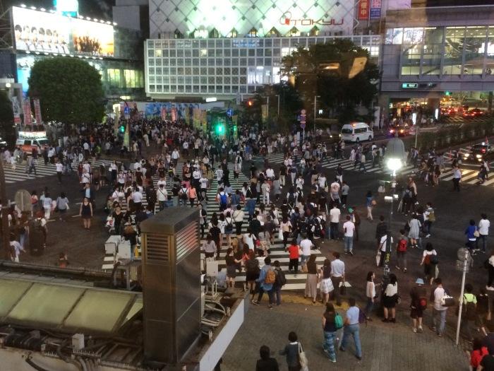 Shibuya crossing crowdd